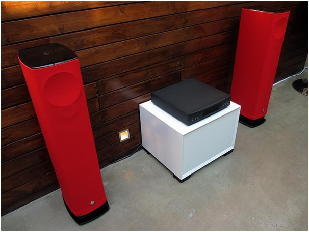 Linn launches Series 5 speaker systems for the fashion conscious