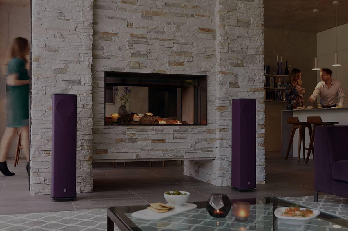 Linn-520-Aubergine_Fireside-Web-Res-1
